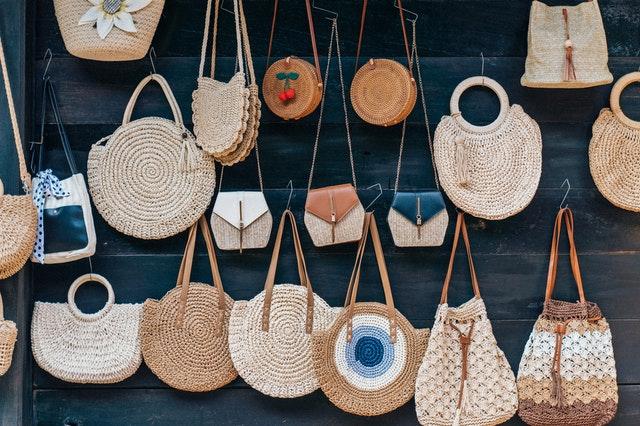 Le sac en paille est l'allié parfait pour vos vacances